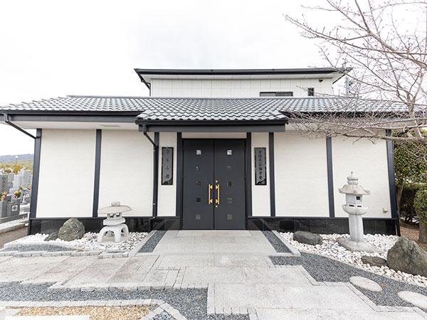 青垣霊園 納骨堂さくら廟